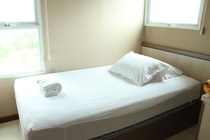 Single-Bed Room