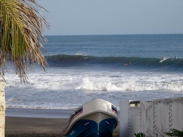 Top deal in Bananoz Surfhouse