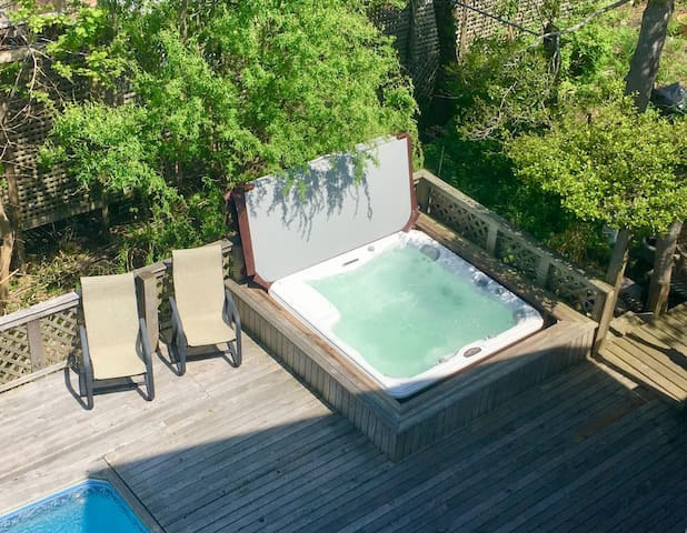 View of the hot tub from the sun deck