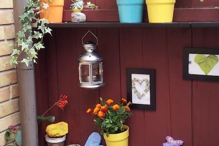 Charming colorfull semi-detached house - Farum