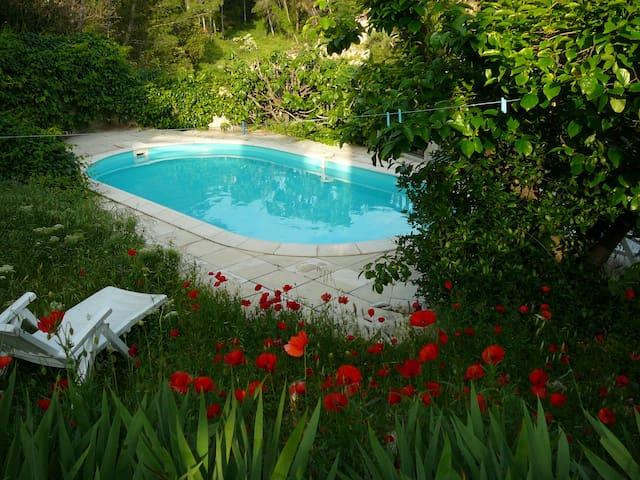 Villa au calme dans les collines de Pagnol - 마르세유(Marseille)
