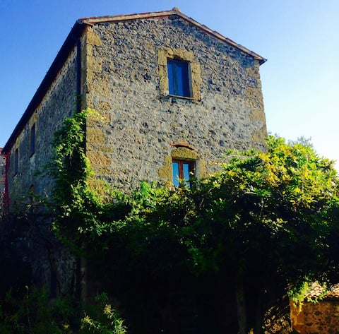 Etruscan places: Traditional Maremma Farmhouse