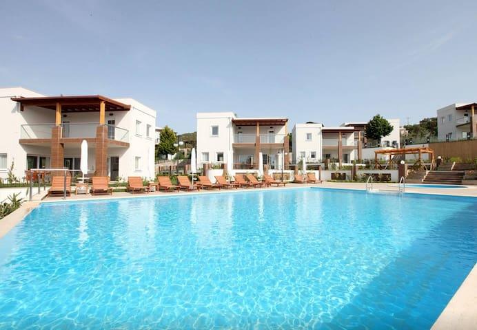 Villa Zeytin by EvTatilim | Bodrum, Yalikavak