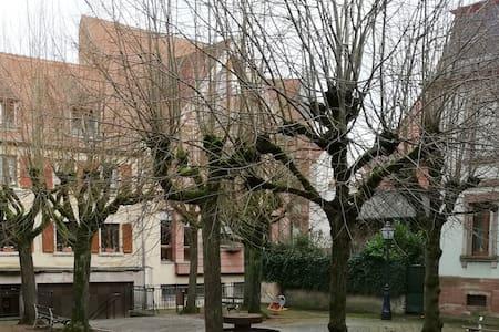 Le 2 Pièces du Restaurant S'Zawermer Stuebel 1583