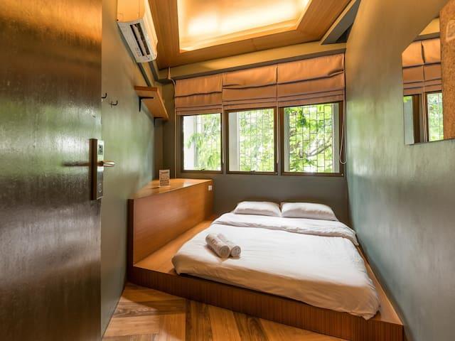 Loftel 22 Hostel - Private Double Room - BKK