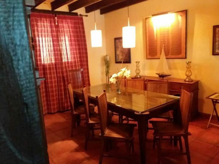 Casa a 15 min de León y a 30  piscinas Val D Juan