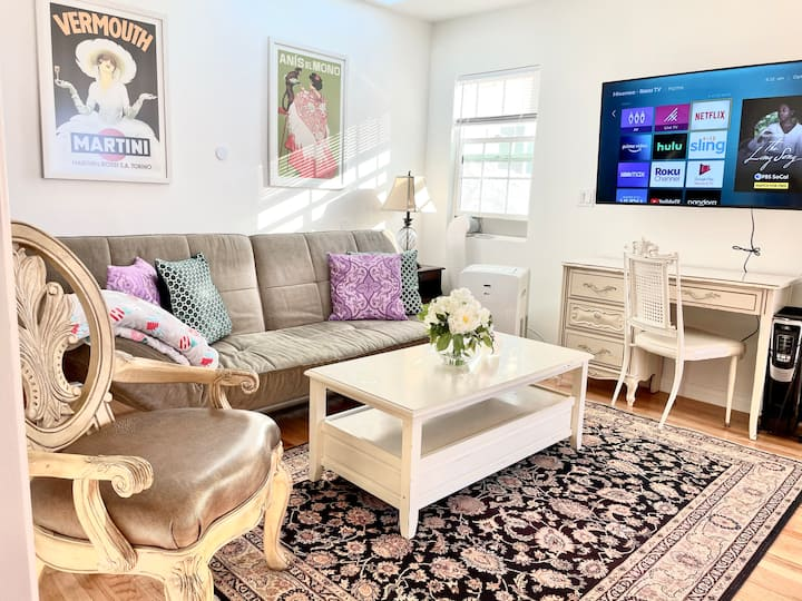 GUESTHOUSE⭐️1BED+SOFABED*BEACH🏖LAX✈️NAPA CTR