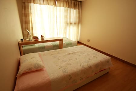 Nick's Apt. Comfortable, safety... - Ilsandong-gu, Goyang-si