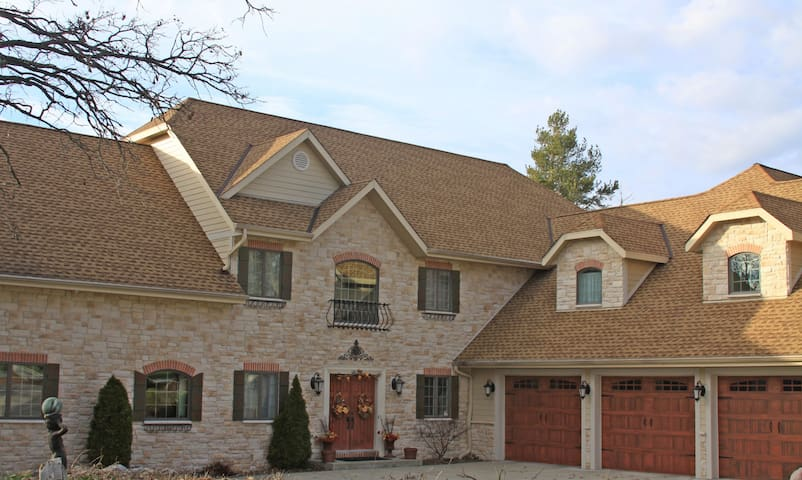 US OPEN Erin Hills WI 4 BR Estate Guest House - Wales - Gästehaus