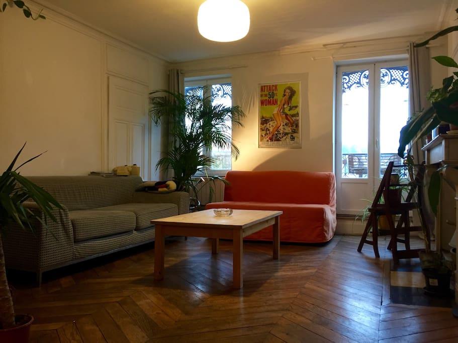 bel appartement 70m2 pentes de la croix rousse apartments for rent in lyon auvergne rh ne. Black Bedroom Furniture Sets. Home Design Ideas