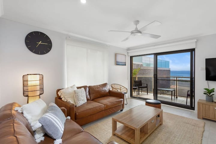 Hibiscus Court 2 - Forster Main Beach!