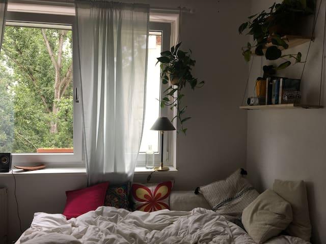 Bright room in Friedrichshain