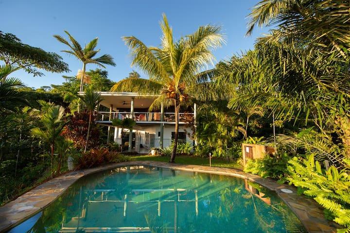 Samsara House- Mission Beach