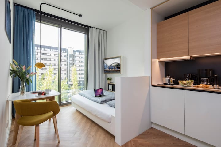 furnished studio near kudamm b1 w apartments for rent in berlin berlin germany. Black Bedroom Furniture Sets. Home Design Ideas