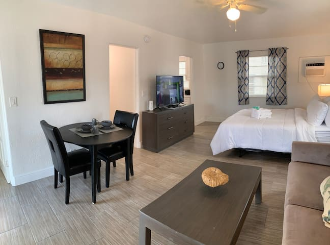 Palms #11 - 100 yards from the beach!!!