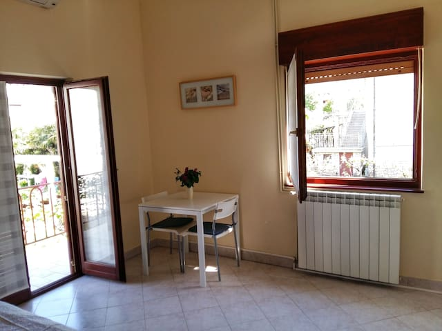 Studio (2+1) in the center of Umag - Umag