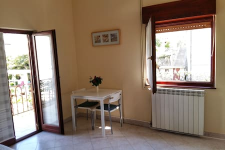 Studio (2+1) in the center of Umag - Umag - Departamento