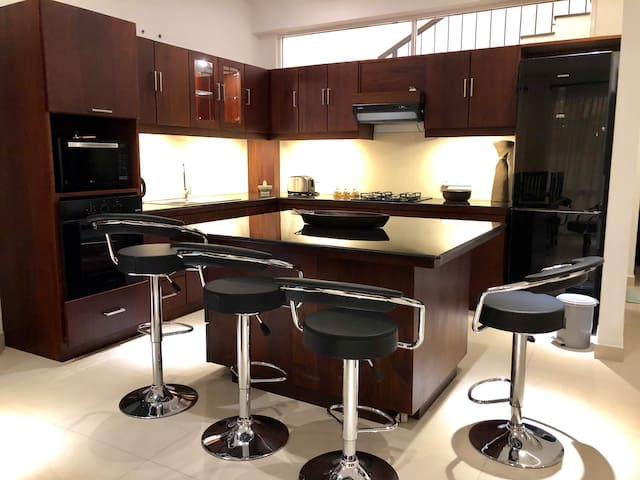 Kitchen and Bar area for casual dining