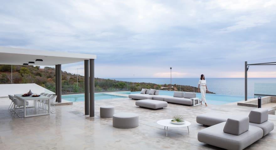 Villa de rêve à Cabo Negro avec  tous les services