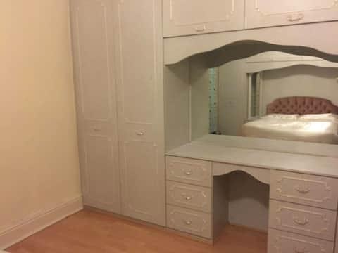 Large double bedroom, Salford near Media City