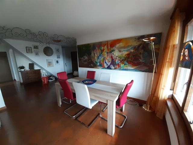artist apartment in the heart of Gebenstorf