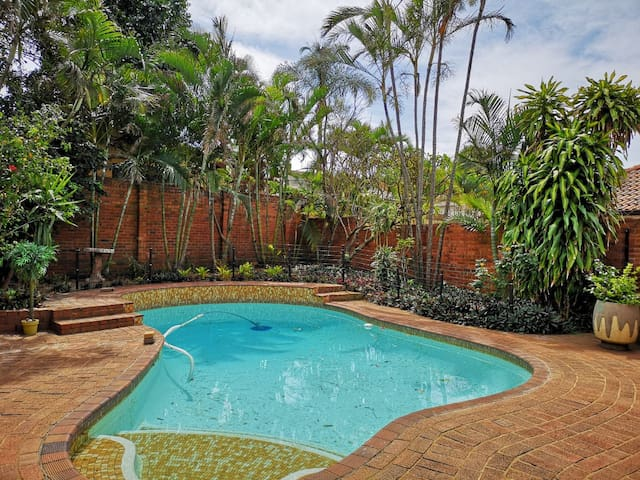 Charming Guest Flatlet in Umhlanga Rocks
