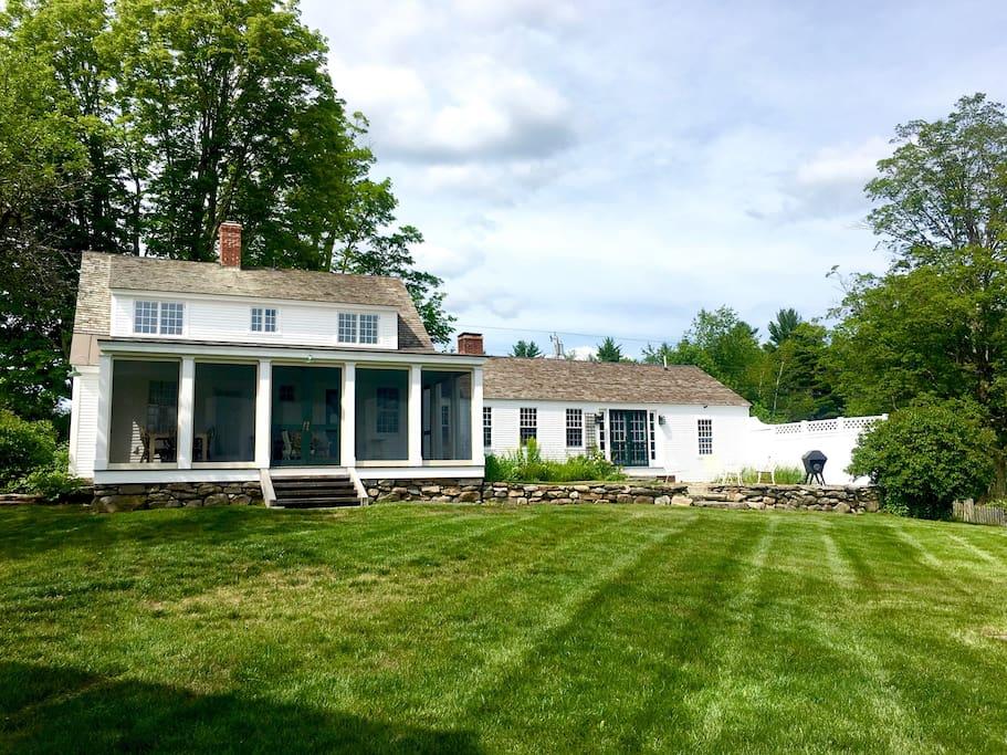 Charmingly restored 1779 farmhouse
