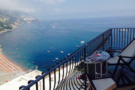 Infinity Room with free WIFI - Positano