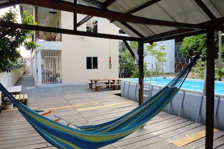 Studios met zwembad in het centrum van Paramaribo - Paramaribo