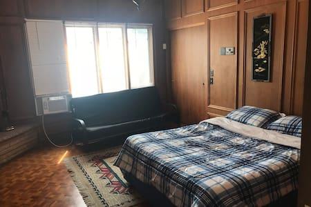 3. MANSION BEDROOM 3(QUARTO NUM MANSÃO)