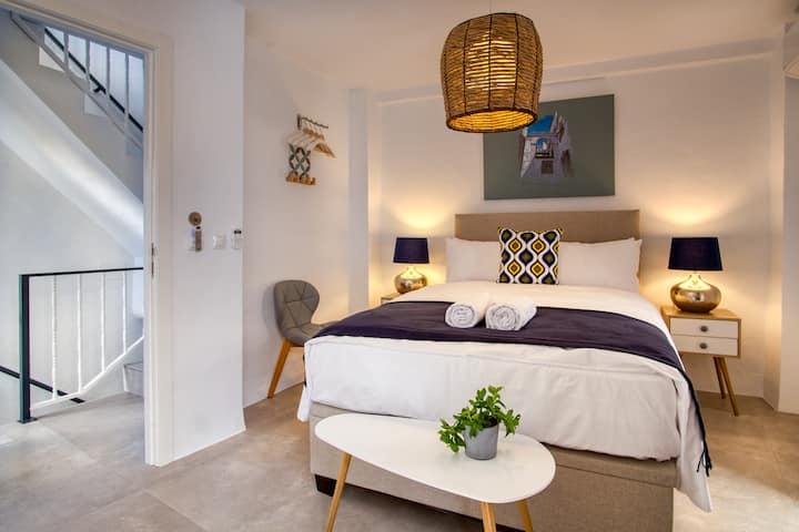 Deluxe Double Room with Balcony - 102