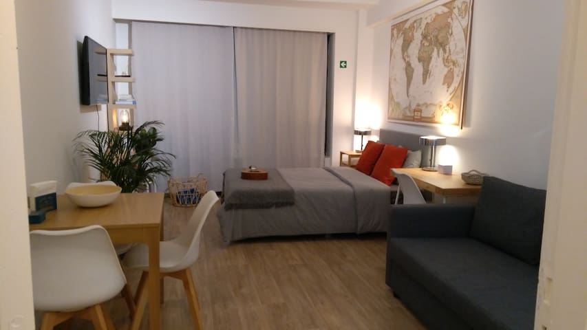 Beautiful apartment at Meir shopping, incl parking