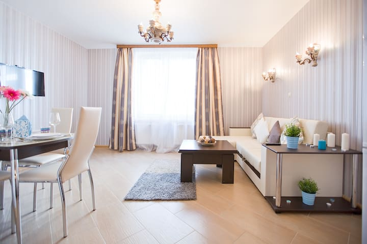 2 bedrooms apartment on Nevskiy, Vosstaniya Square - Sankt-Peterburg - Appartement