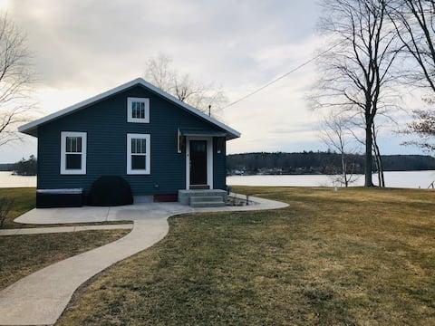 Lakehaven Croton Cottage
