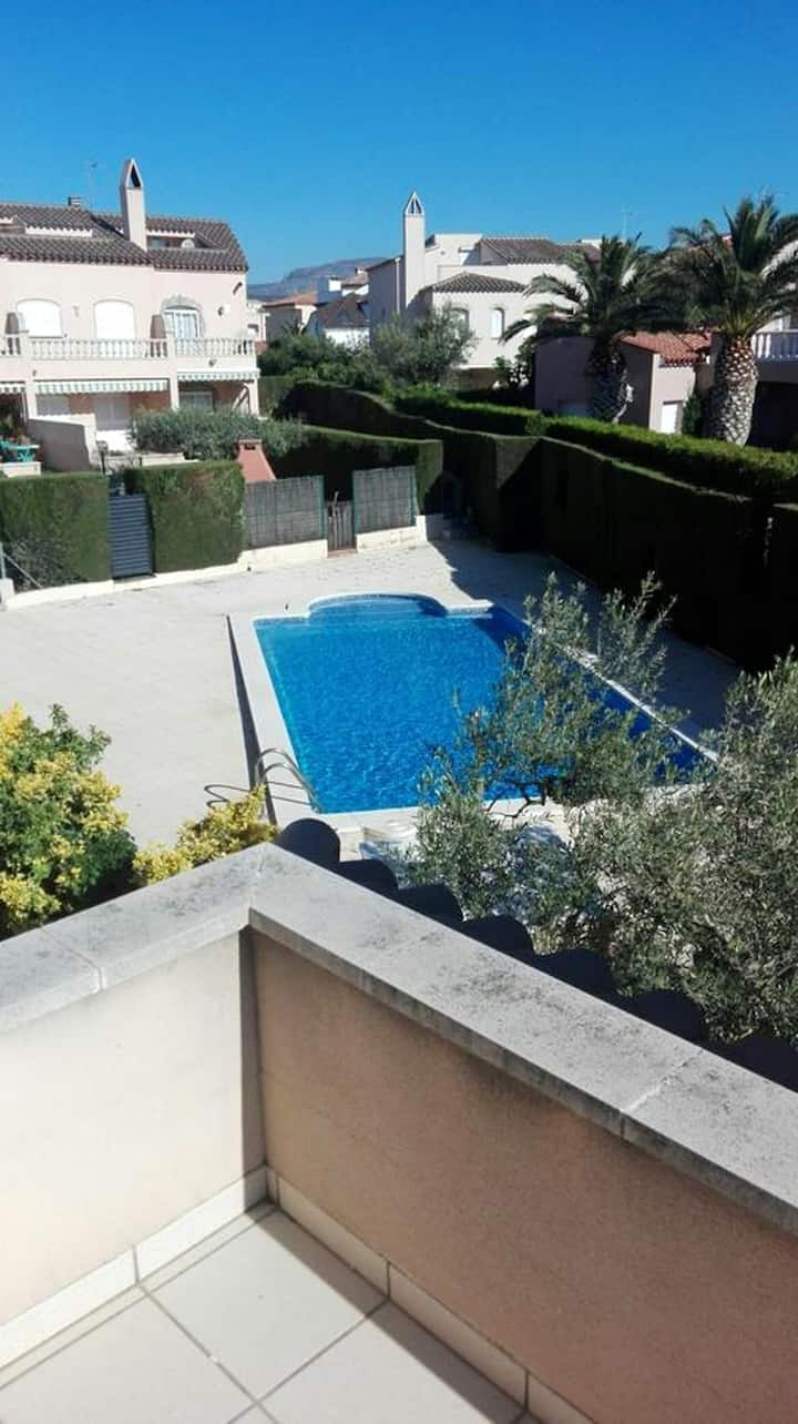 House with 2 bedrooms in Miami Platja, with shared pool, enclosed garden and WiFi - 300 m from the beach