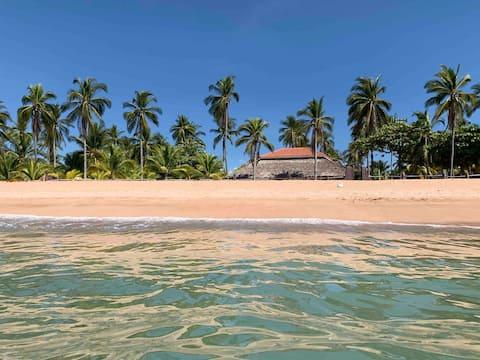 Villa Paradiso Playa Privada, Los Cobanos
