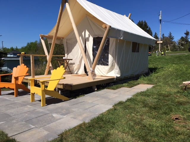 Glamping at Fossil Farms