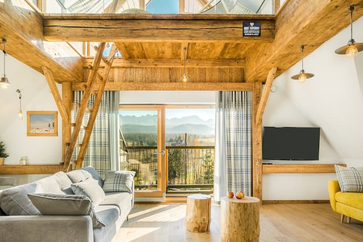 Great house for a family / group trip for 20 people