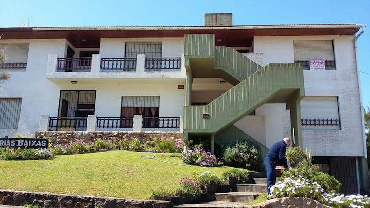 Dúplex en Villa Gesell a dos cuadras de la playa