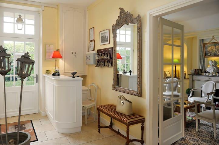Villa Marjane - Saint-Jean-le-Blanc - Bed & Breakfast