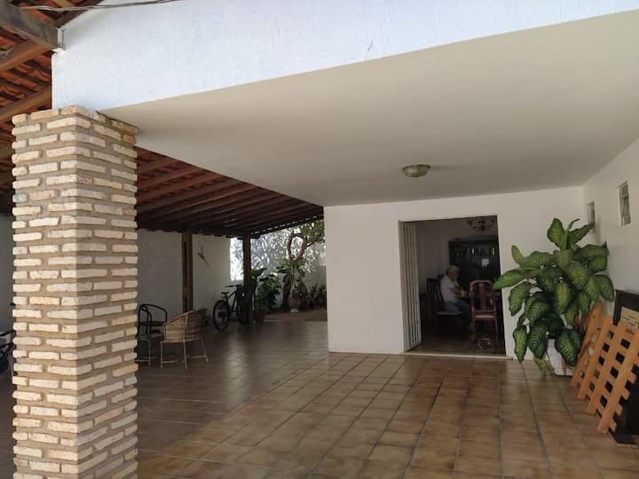 Apartamento mobiliado, próximo a UFPI