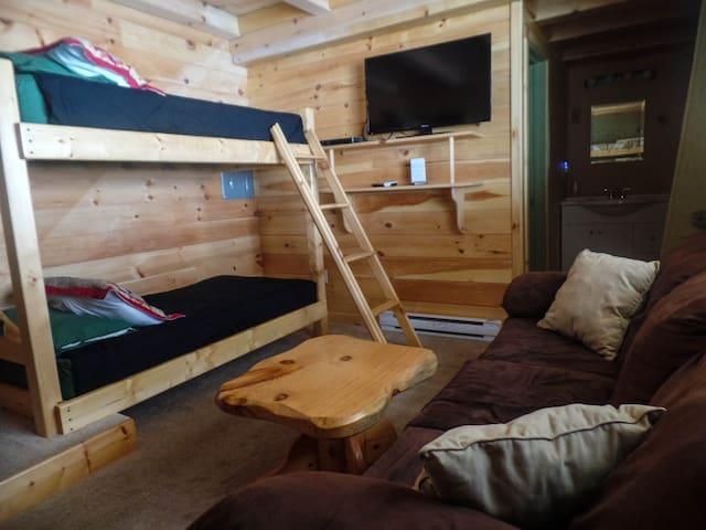 Summit Suite at Hawk's Nest Lodge