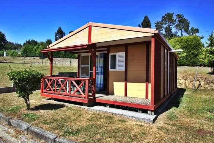 Ref. 10015 Camping complex with pool.