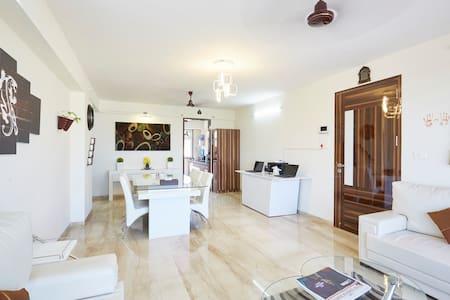 Spacious Private Room in Andheri East - Mumbai - Apartmen