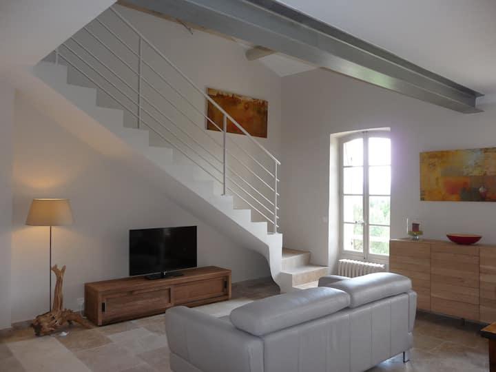 Loft de charme au pied du Mont Ventoux, Bédoin