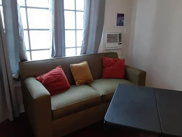 1 bed available In a shared studio for 2 people