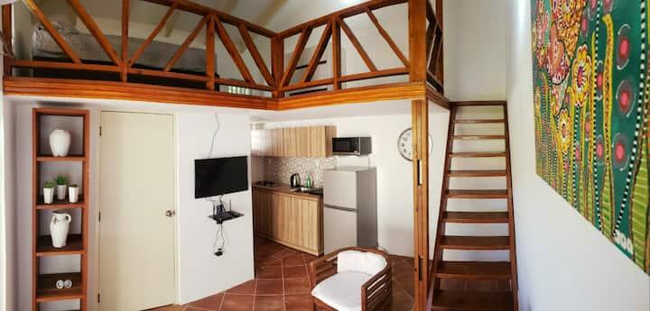 New & cozy apartment in quiet & safe neighbourhood