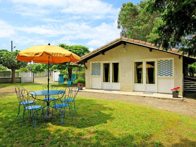 Holiday home in Linxe for 4 persons