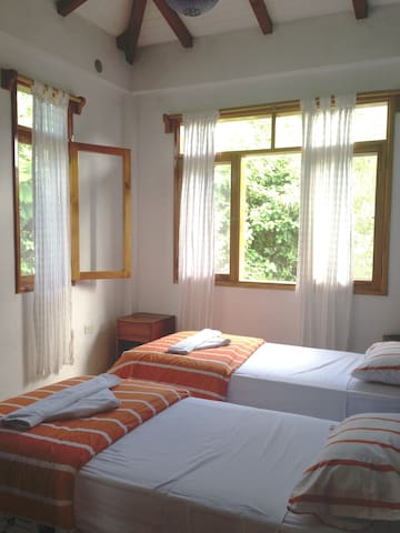 Rooms with garde view
