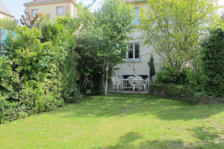 Room for 2 people - Houilles - Guesthouse
